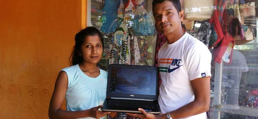 Stichting Kalyani donatie laptop